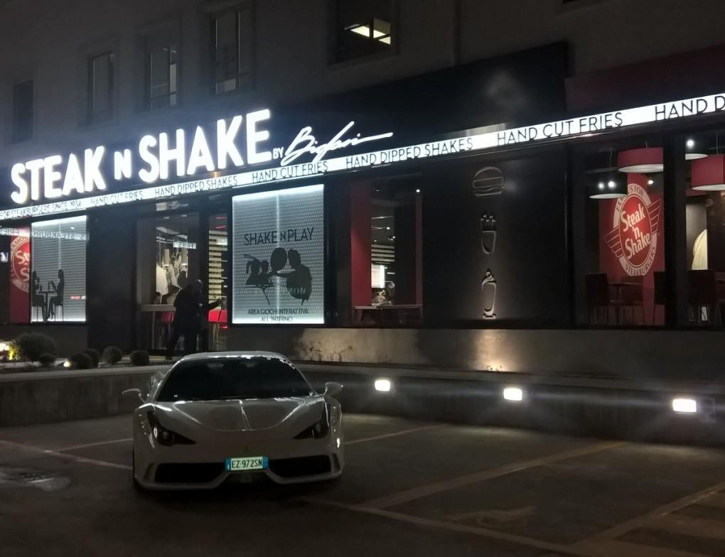 Verona_SteaknShake_Inaugurazione (5)