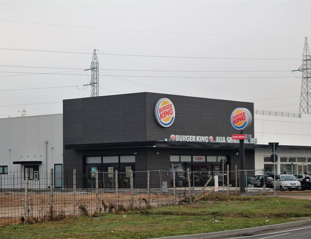 Burger king g4s gruppo four sviluppo - Arredo bagno san giovanni lupatoto ...